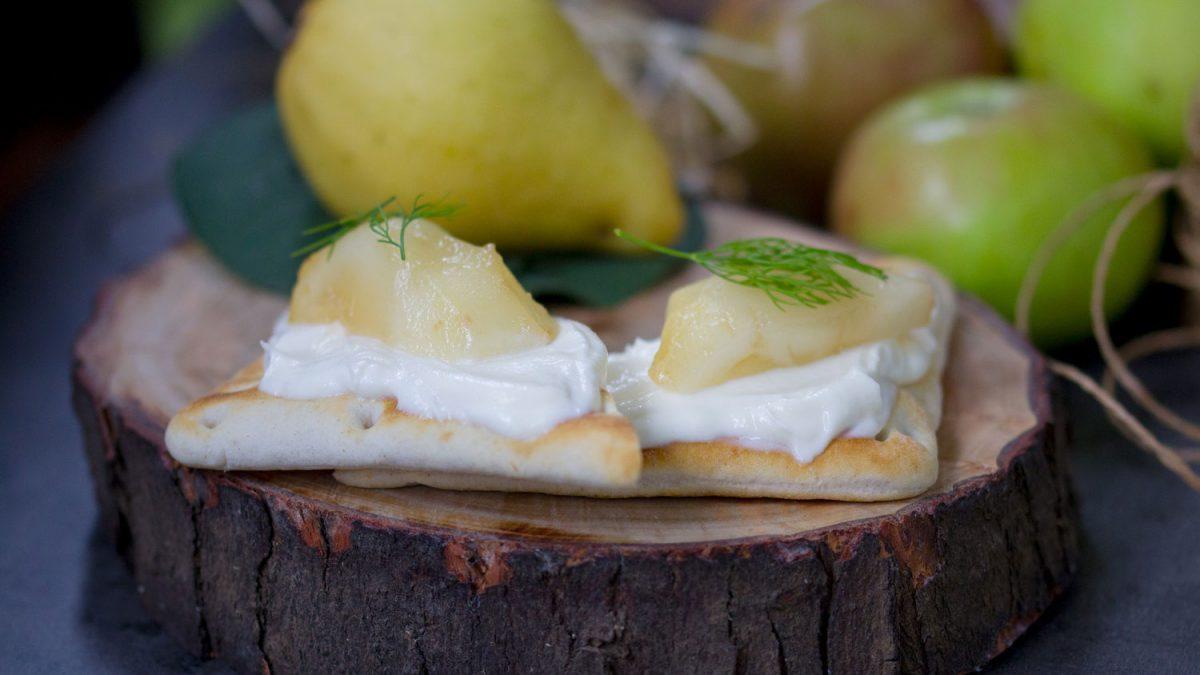 Slatki zalogaji sa sirom i kruškom