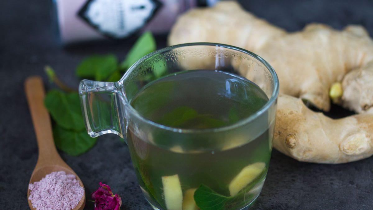 Čaj od sveže nane i djumbira
