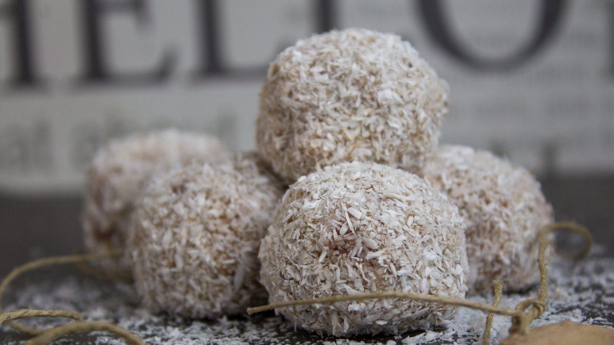 Kuglice od žita sa nutelom i kokosom