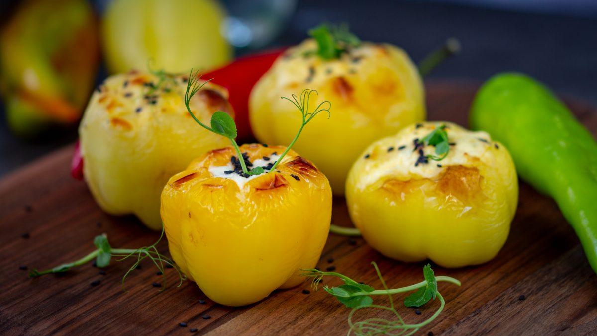 Jesenje paprike punjene sirom