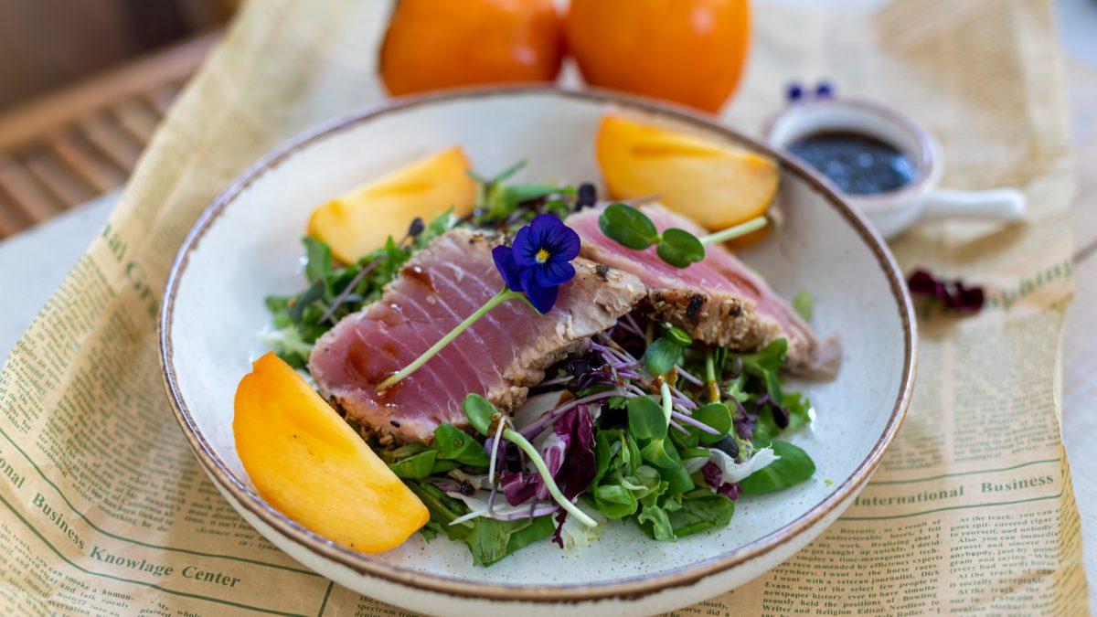 Salata od tune i japanske jabuke